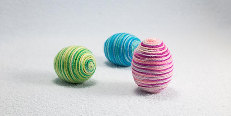 Velikonoční vajíčka z provázků