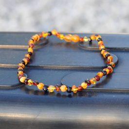 Léčivý jantarový náhrdelník pro děti