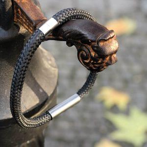 Lanový náhrdelník s kovem